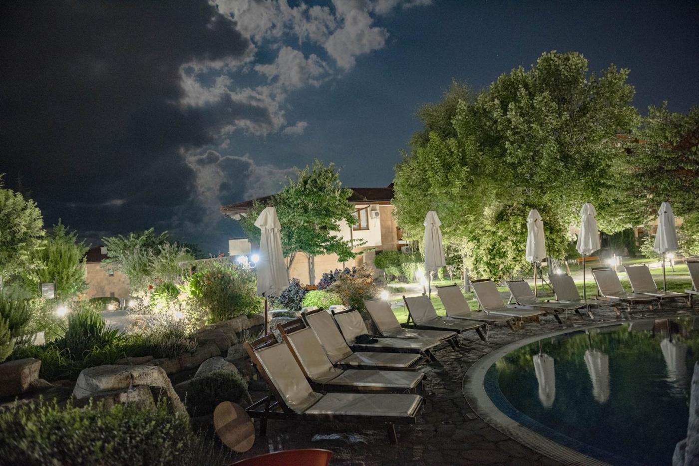 Garden of Eden Апарт-отель