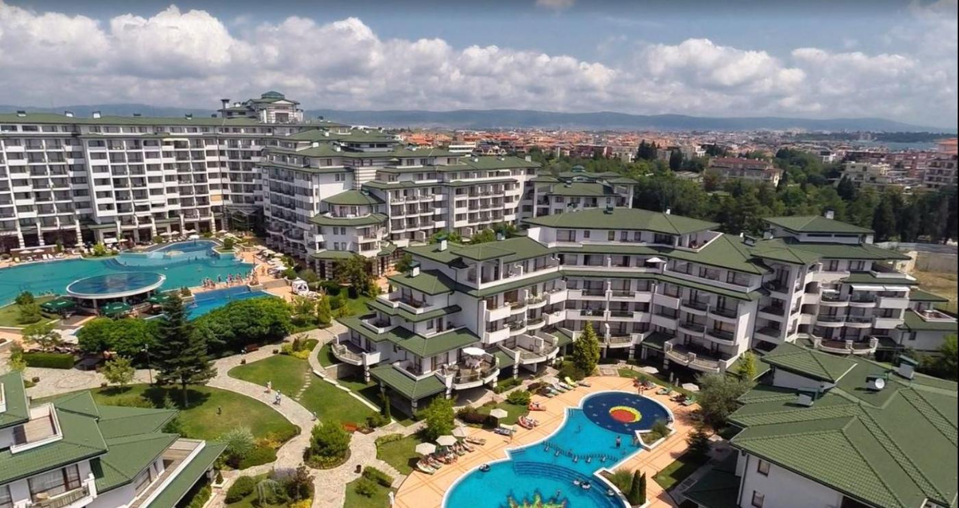 Emerald Beach Апарт-отель